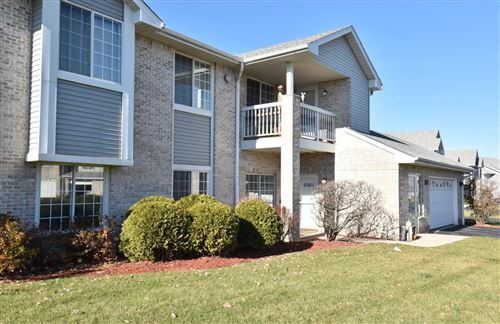 Photo of 6961 S Rolling Meadows Ct, Oak Creek, WI 53154 (MLS # 1718506)
