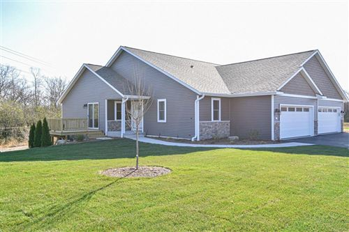 Photo of 409 Trailview Crossing, Waterford, WI 53185 (MLS # 1717514)