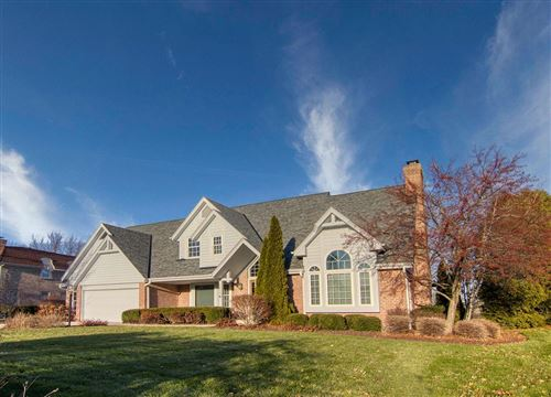 Photo of 3614 W Marseilles Dr, Mequon, WI 53092 (MLS # 1671518)