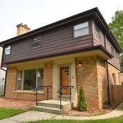 Photo of 4406 N Sheffield Ave, Shorewood, WI 53211 (MLS # 1704518)