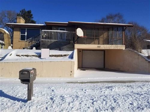 Photo of 307 River St, Portage, WI 53901 (MLS # 1873520)