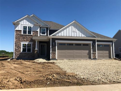 Photo of 1054 Mullberry Ln, Grafton, WI 53024 (MLS # 1693521)
