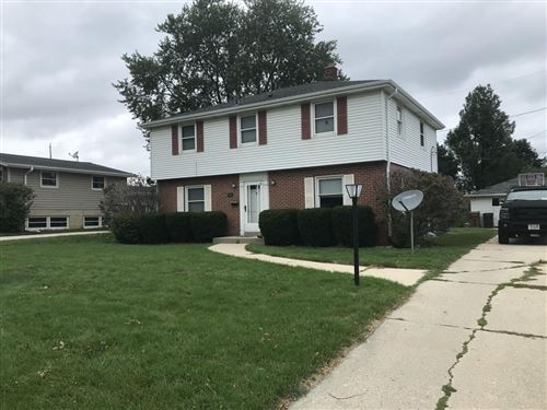 Photo of 806 Manitowoc Ave, South Milwaukee, WI 53172 (MLS # 1709521)