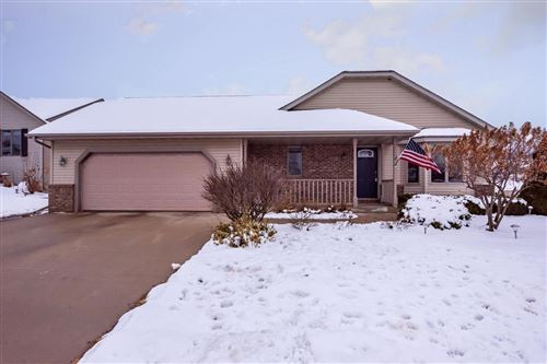 Photo of 3202 Dubin Cir, West Bend, WI 53090 (MLS # 1667523)