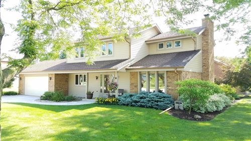 Photo of 7534 S 82nd St, Franklin, WI 53132 (MLS # 1696523)