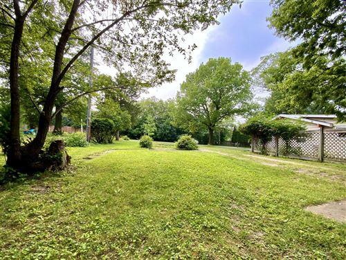 Photo of W274N2656 Oak St, Pewaukee, WI 53072 (MLS # 1753523)