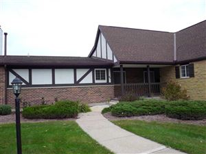 Photo of 45 Golf pkwy #45, Madison, WI 53704 (MLS # 1870523)