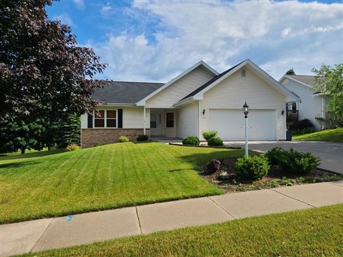 Photo of 720 Royal Dr, West Bend, WI 53090 (MLS # 1695532)