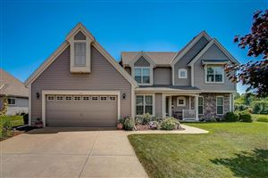 Photo of 7970 S 43RD ST, Franklin, WI 53132 (MLS # 1647536)