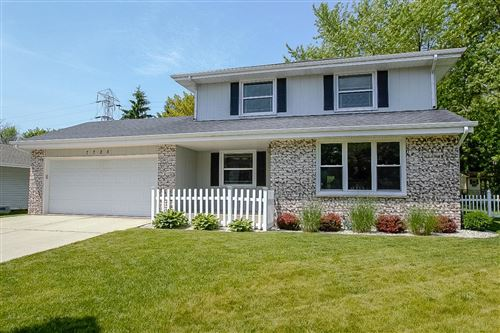 Photo of 7725 S Manitowoc Ave, Oak Creek, WI 53154 (MLS # 1696544)