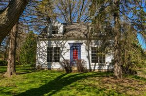 Photo of 4629 N 105th St, Wauwatosa, WI 53225 (MLS # 1659545)