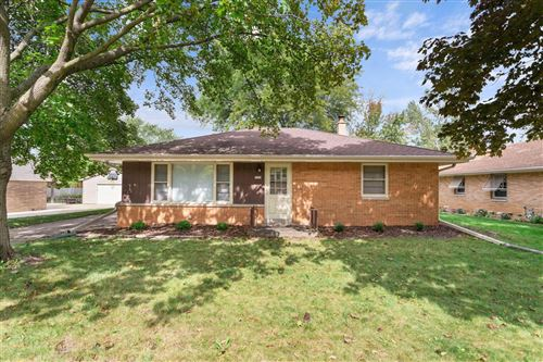 Photo of 7914 W Bottsford Ave, Greenfield, WI 53220 (MLS # 1710546)