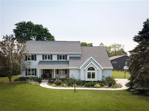 Photo of 686 Mary Lee Dr, Fond Du Lac, WI 54935 (MLS # 1753546)