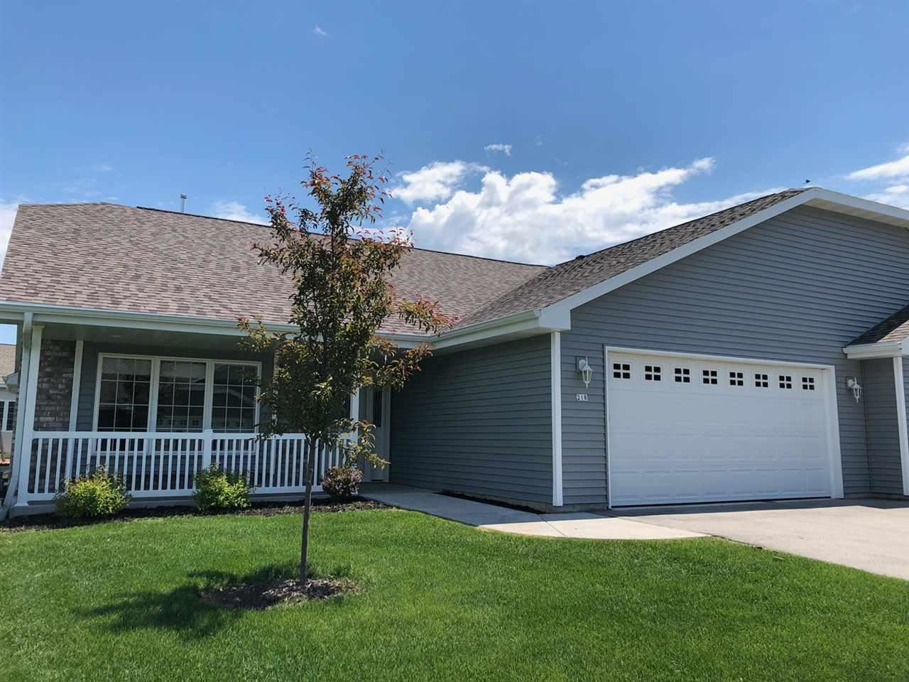 218 KNIGHTS WAY #33, Fond du Lac, WI 54935 - MLS#: 50223546