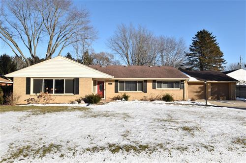 Photo of 5201 Ruby Ave, Racine, WI 53402 (MLS # 1673547)