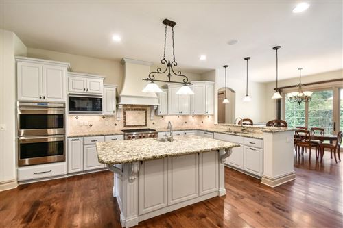 Photo of 1735 Wedgewood Dr E, Elm Grove, WI 53122 (MLS # 1624549)