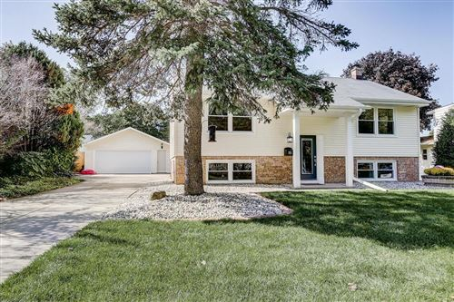 Photo of 3853 S 39th St, Greenfield, WI 53221 (MLS # 1666552)