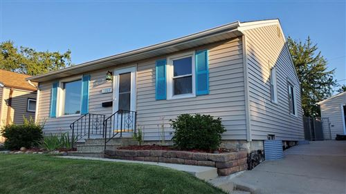 Photo of 1305 Sherman Ave, South Milwaukee, WI 53172 (MLS # 1706552)