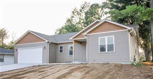 Photo of 307 Memorial Dr, Fort Atkinson, WI 53538 (MLS # 1660556)