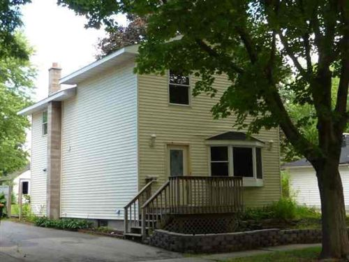 Photo of 416 Clarence ST, Fort Atkinson, WI 53538 (MLS # 1653558)