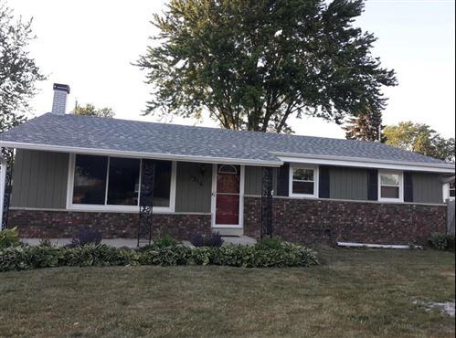 Photo of 1316 Lakeview Ave, South Milwaukee, WI 53172 (MLS # 1734558)