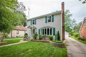 Photo of 610 GREENFIELD AVE, Beaver Dam, WI 53916 (MLS # 1866558)