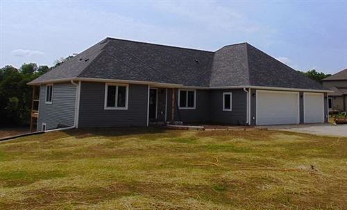 Photo of N7065 Windchime Ct, Plymouth, WI 53073 (MLS # 1638559)