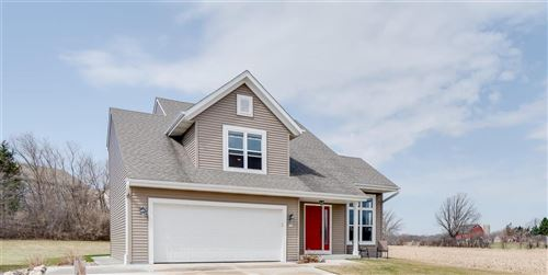 Photo of 134 Reeds Dr, West Bend, WI 53095 (MLS # 1734565)