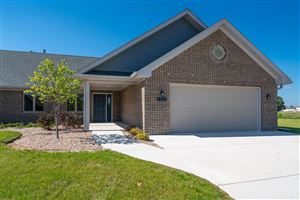 Photo of 211 Windmill Ln, Walworth, WI 53184 (MLS # 1606568)