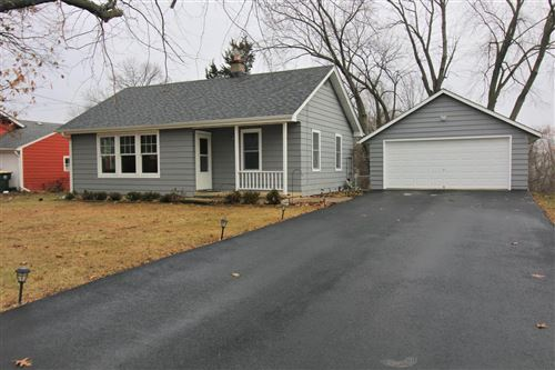 Photo of 556 Park Ave, Twin Lakes, WI 53181 (MLS # 1671568)
