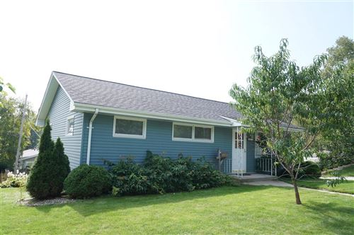 Photo of 921 W Lincoln Ave, Port Washington, WI 53074 (MLS # 1659569)