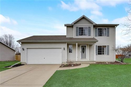 Photo of 101 Vista Dr, Cottage Grove, WI 53527 (MLS # 1904569)