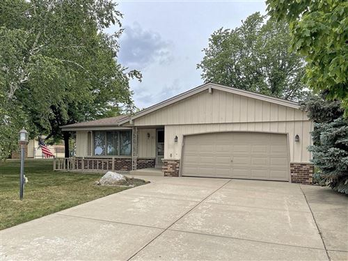 Photo of 5700 W Upham Ave, Greenfield, WI 53220 (MLS # 1752570)