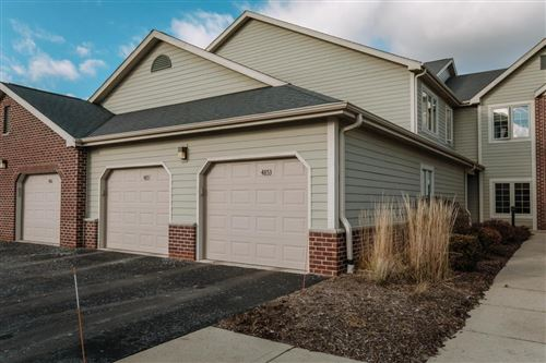 Photo of 4853 S Forest Ridge Dr, New Berlin, WI 53151 (MLS # 1669578)