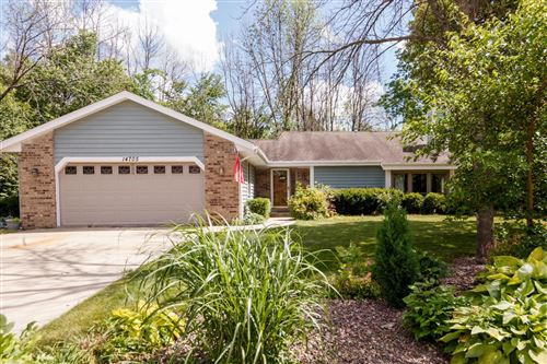 Photo of 14705 W Park Ave, New Berlin, WI 53151 (MLS # 1695578)