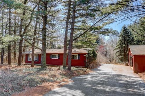 Photo of W5537 Bluff Rd, Eagle, WI 53119 (MLS # 1733579)