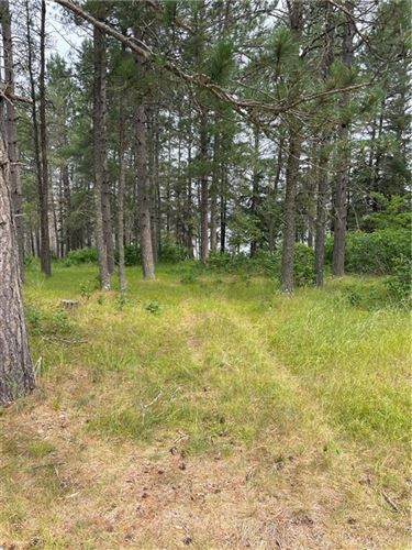 Photo of 872 STILL POND DR, WATERFORD, WI 53185 (MLS # 1551581)