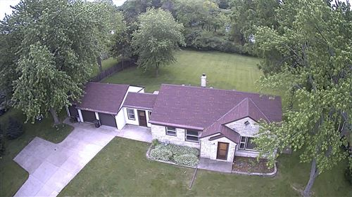 Photo of 9225 W Layton Ave, Greenfield, WI 53228 (MLS # 1693590)