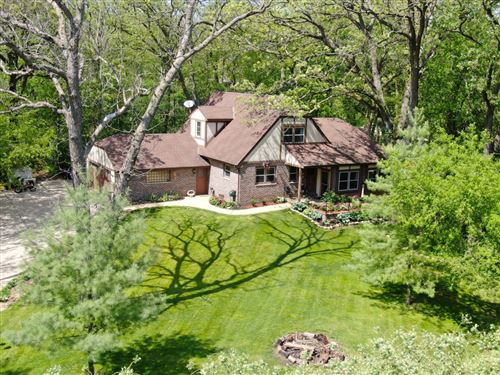 Photo of 363 Evelyn Ave, Delafield, WI 53018 (MLS # 1690592)