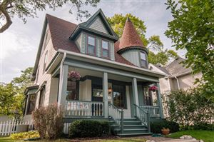 Photo of 1105 Glenview Ave, Wauwatosa, WI 53213 (MLS # 1658593)