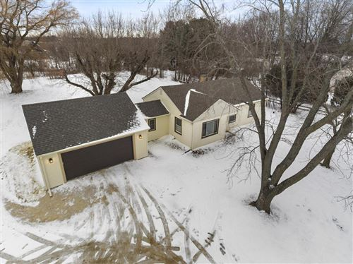 Photo of 8014 W Donges Bay Rd, Mequon, WI 53097 (MLS # 1671594)
