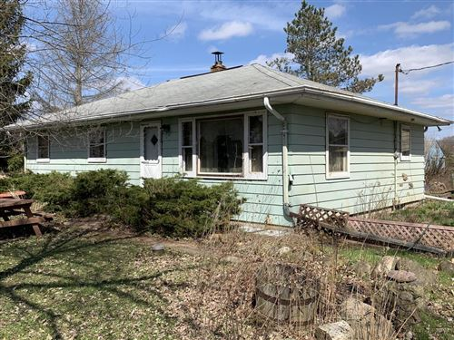 Photo of W243S8140 Evergreen Dr, Big Bend, WI 53103 (MLS # 1684599)