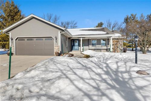 Photo of W208N16590 Celtic Ct, Jackson, WI 53037 (MLS # 1728599)