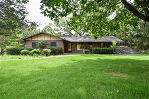 Photo of 713 Criglas Rd, Wales, WI 53183 (MLS # 1655602)
