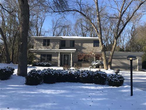 Photo of 340 W Indian Creek Ct, Fox Point, WI 53217 (MLS # 1663602)