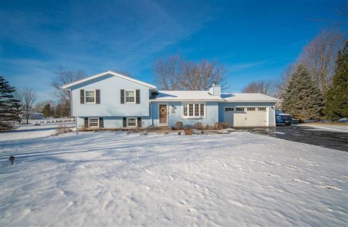 Photo of 610 Wexford Cir, Wales, WI 53183 (MLS # 1721602)