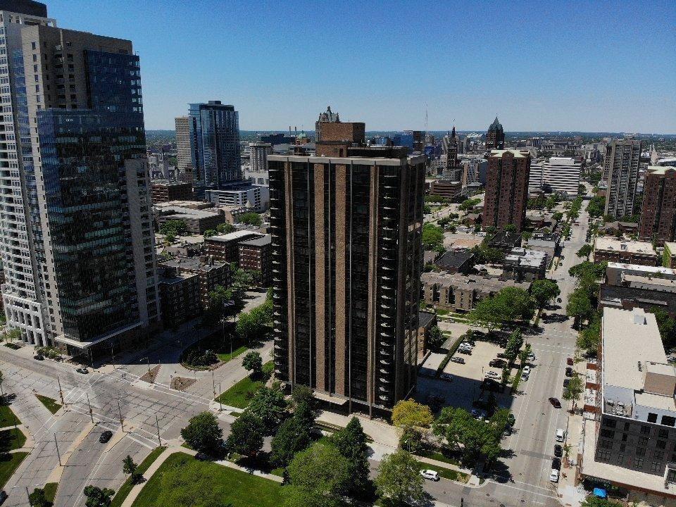 929 N Astor St #1406, Milwaukee, WI 53202 - MLS#: 1694603