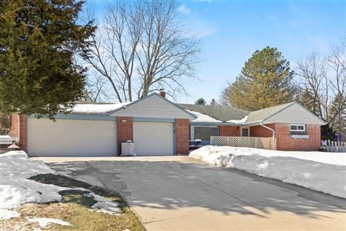 Photo of 2795 S Seymour Pl, West Allis, WI 53227 (MLS # 1728604)
