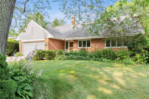 Photo of 903 Fairview Ave, South Milwaukee, WI 53172 (MLS # 1753604)
