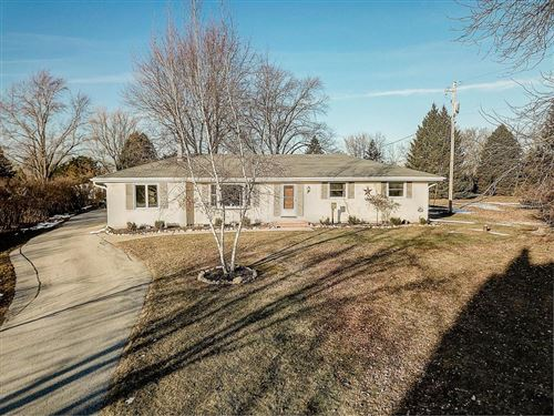 Photo of 792 E Newark Dr, West Bend, WI 53090 (MLS # 1672608)
